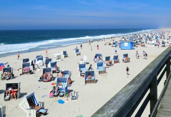 Strandkorb Teak: Wunderschöne Strandkörbe zum verlieben
